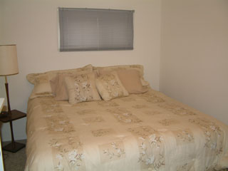 Picture of second bedroom on main level