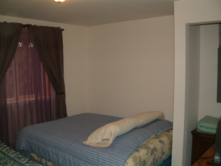Picture of downstairs bedroom - Right side Bedroom